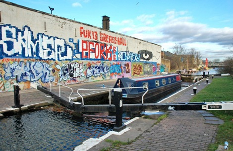 Old Ford Lower Lock, Hertford Union Canal graffiti