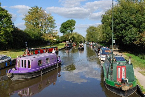Canal at Willington