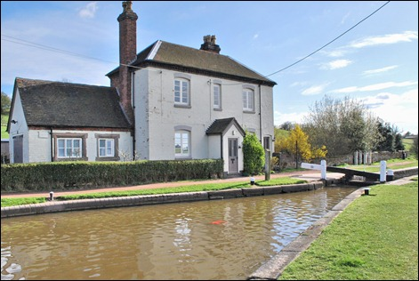 Tardebigge top lock cottage