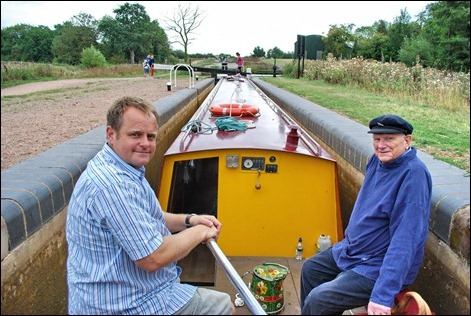 Ian and Max Sinclair in the lower lock of Droitwich Junction Canal
