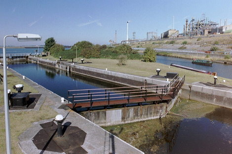 Weston_marsh_lock