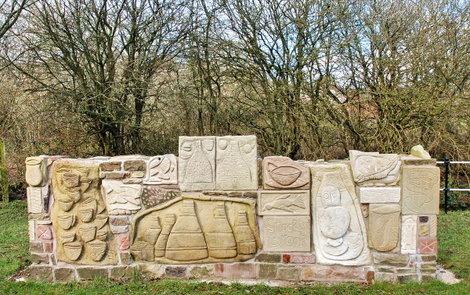 Anthony Lysycia sculpture at Stockton Brook locks, Caldon Canal